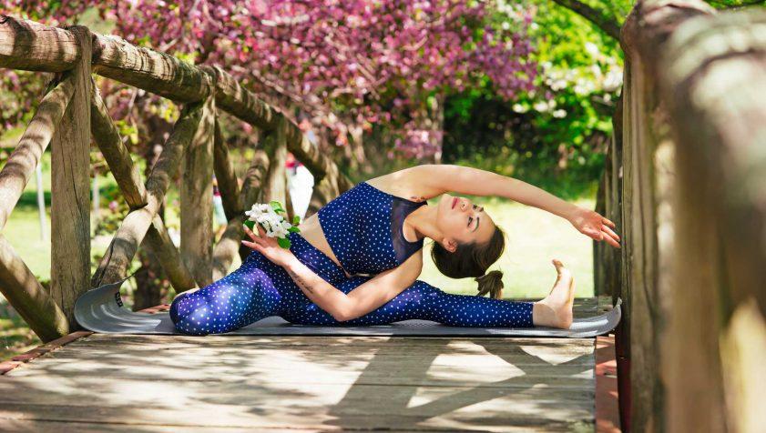 best yoga tops for women